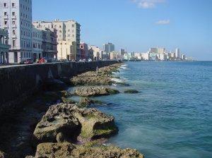 Cuba-Habana_malecon